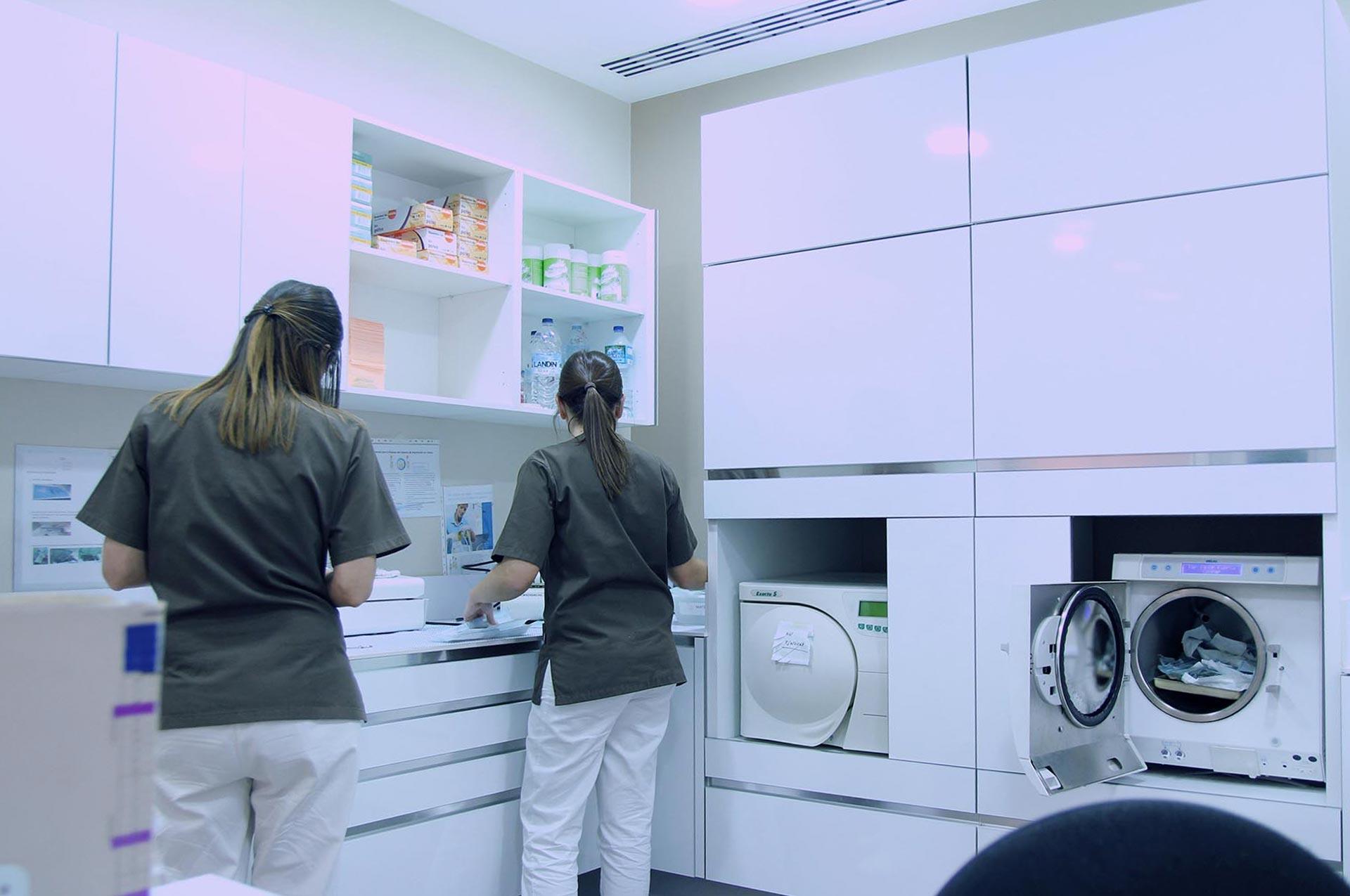 Sala de esterilizacion clinica Blanco Ramos